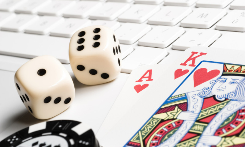 marked decks of cards in poker cheating